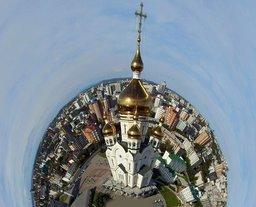 Полёт у Преображенского собора в Хабаровске