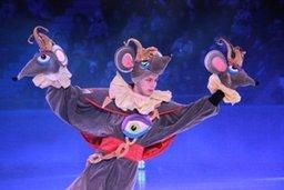 В качестве новогоднего подарка от мэра школьники Хабаровска получили хореографическую сказку
