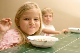 Городской программой социальной поддержки граждан Хабаровска предусмотрена адресная помощь детям на дополнительное питание