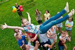 Юные хабаровчане из семей «группы риска» с удовольствием проводят летние каникулы в Центрах социальной работы с населением