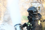 В рамках Всероссийской штабной тренировки по гражданской обороне хабаровские пожарные-спасатели ликвидировали последствия условной аварии на железной дороге