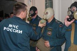В Главном управлении МЧС России по Хабаровскому краю прошло очередное занятие по радиационной химической и биологической защите (фоторепортаж)