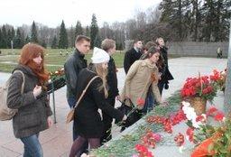 В Санкт-Петербурге почтили память жителей края, погибших в годы Великой Отечественной войны