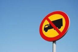 В соответствии с постановлением администрации города в Хабаровске продлен срок ограничения движения большегрузов