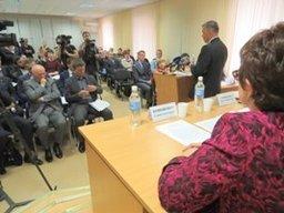 В Хабаровском городском ресурсном центре НКО прошли общественные слушания по проекту закона об ответственности за неоплату стоянки на платной муниципальной парковке