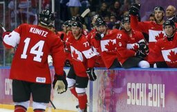 Канада победила Россию в финале чемпионата мира по хоккею