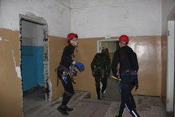 """Участники соревнований """"Школа безопасности - 2015"""" провели поисково-спасательные работы"""