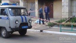 В Хабаровске при падении с высотки насмерть разбилась женщина