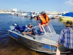 В Якутии инспектора ГИМС МЧС России провели совместный рейд с Росрыболовством