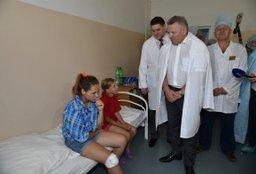 Губернатор края навестил пострадавших в ДТП