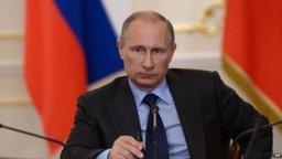 На Восточном экономическом форуме Владимир Путин акцентирует внимание на вопросах развития макрорегиона