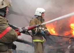Хабаровские пожарные потушили частную деревянную баню