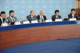 В рамках ВЭФ прошел VIII Российско-Корейский бизнес-диалог