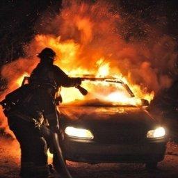 В кратчайшие сроки в Хабаровске пожарные ликвидировали загорание легкового автомобиля