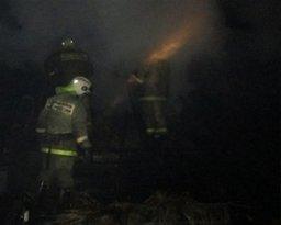 В поселке Силинском Комсомольска-на-Амуре огнеборцы ликвидировали загорание частного дома и хозяйственной постройки