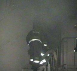 Загорание бытовки между этажами в подъезде жилого дома ликвидировали хабаровские пожарные