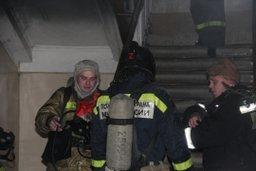 Загорание домашних вещей в квартире многоквартирного дома в Комсомольске ликвидировали пожарные расчеты