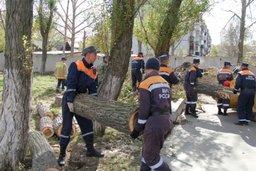 Пожарно-спасательные формирования ведут восстановительные работы в четырех районах Сахалинской области