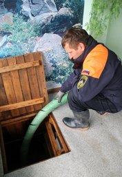 Спасатели продолжают оказывать помощь в ликвидации последствий циклона на территории Сахалинской области