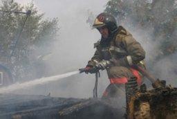 Пожарные выезжали в Хабаровский муниципальный район тушить частную летнюю кухню