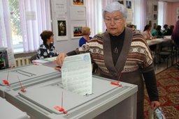 Руководители структурных подразделений мэрии отчитались о выполнении предложений избирателей Кировского, Железнодорожного и Краснофлотского районов, сделанных во время предвыборной кампаний 2014-2015 годов