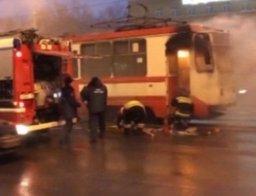 Менее получаса потребовалось комсомольским пожарным для ликвидации загорания в трамвае