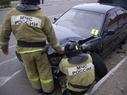 Пожарно-спасательные формирования принимали участие в ликвидации последствий ДТП на улице Павла Морозова