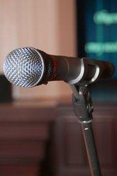 Более двухсот человек приняли участие в публичных слушаниях по проекту бюджета Хабаровска на 2016 год