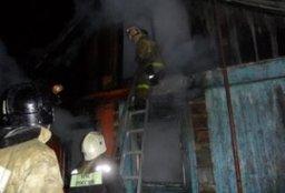Пожарные ликвидировали загорание в чердачном помещении частного дома в Хабаровске