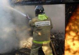 Пожарно-спасательные формирования выезжали на тушение дачного дома на Матвеевском шоссе