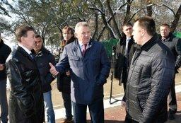 В Хабаровске продолжается реконструкция парковой зоны стадиона имени Ленина