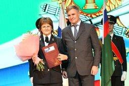 Сергей Луговской поздравил судебных приставов со 150-летием образования службы