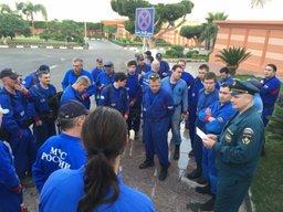 Более 100 спасателей МЧС России прибыли к месту крушения самолёта А321 в сопровождении военнослужащих Египта