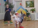 Веселыми песнями поздравили дошкольники район имени Лазо с юбилеем