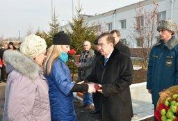 В Хабаровске открыли памятную доску погибшим пожарным 35-й части