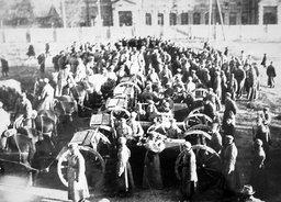 Похороны пяти бойцов ОКДВА на площади Свободы
