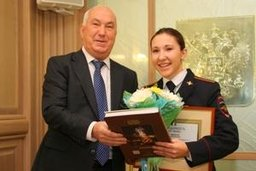 Мэр Хабаровска Александр Соколов поздравил сотрудников полиции с профессиональным праздником