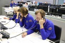 Операторы «горячей линии» МЧС России ответили на около 12 000 звонков, поступивших от россиян