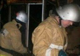 Причиной вызова пожарных стало загорание домашних вещей в квартире в жилом доме по переулку Молдавскому