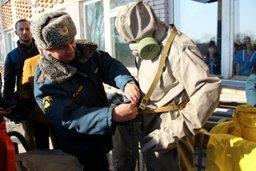 Сотрудники МЧС России провели мастер-классы для кадетов и школьников поселка Черняево