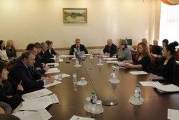 Депутаты обсудили с зоозащитниками вопросы взаимодействия по защите животных
