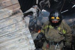 Огнеборцы ликвидировали пожар в строительном вагончике в поселке Новотроицкое