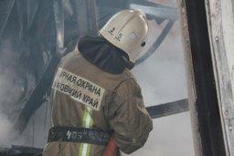 Пожарно-спасательные формирования привлекались к тушению гаража в Хабаровске