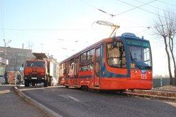 Жителей Кировского и Краснофлотского районе теперь тоже будут возить новые трамваи - на маршрут уже вышли 2 вагона