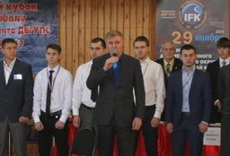 В нашей стране растет здоровое поколение победителей - Сергей Луговской
