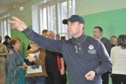 Депутаты приняли участие в соревнованиях по дартсу