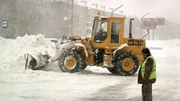 В крае продолжают ликвидировать последствия снежного циклона