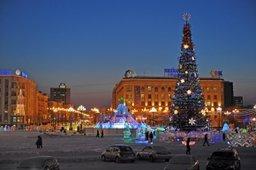 На главной площади края началось строительство зимнего городка