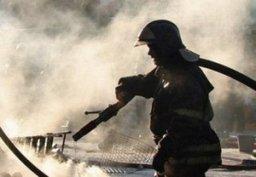 Пожарные тушили частный дом по улице Белинского в Хабаровске