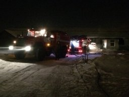 Хабаровские пожарные ликвидировали загорание в столярном цехе в Хабаровске